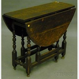 William & Mary Oak Drop-leaf Gate-leg Table with End Drawer