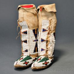 Pair of Central Plains Woman's High-top Moccasins