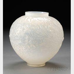 R. Lalique GUI Vase