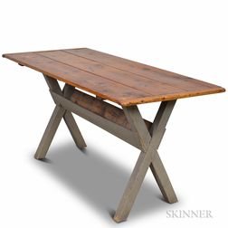 Pine Sawbuck Table