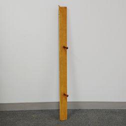 Shaker Peg Rail