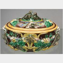 Wedgwood Majolica Game Pie Dish and Cover