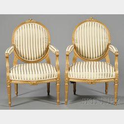 Pair of Louis XVI-style Giltwood Fauteuil à la Reine