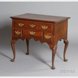 Queen Anne Walnut Carved Dressing Table
