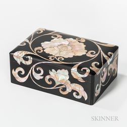 Small Mother-of-pearl-inlaid Box and Cover