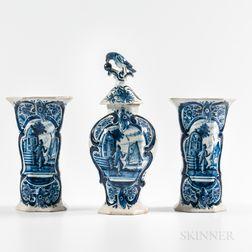 Three-piece Delft Garniture
