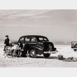 Marion Post Wolcott (American, 1910-1990)      Picnic on Running Board of Car, Sarasota, Fla