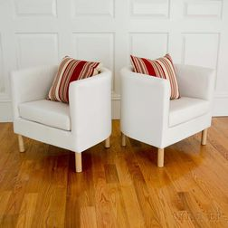 Pair of Ecru Muslin-upholstered Diminutive Club Chairs with Maroon Accent Cushions