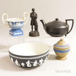 Five Wedgwood Ceramic Items
