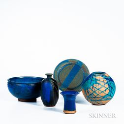 Five Pieces of William Wyman (American, 1922-1980) Studio Pottery