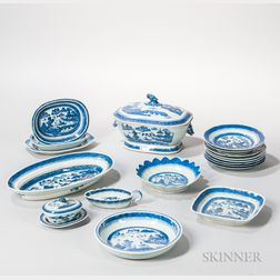 Nineteen Canton Export Porcelain Table Items