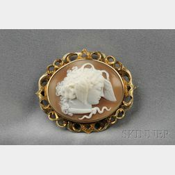 Antique 14kt Gold and Shell Cameo Brooch