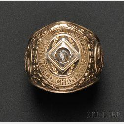 1962 New York Yankees World Series 10kt Gold and Diamond Ring