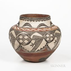 Southwest Polychrome Pottery Jar