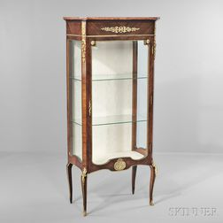 Louis XVI-style Ormolu-mounted Kingwood-veneered Vitrine
