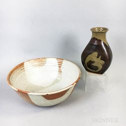 Michael Cohen (American, b. 1936) Stoneware Art Pottery Bowl and Vase