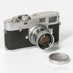 Leica M2 and Summicron Lens