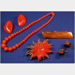 Group of Five Bakelite Jewelry Items