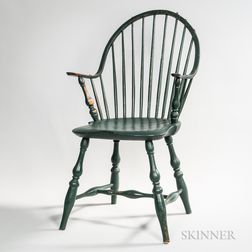 Green-painted Continuous-arm Bow-back Windsor Chair