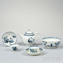 Four Lowestoft Porcelain Blue and White Tea Ware Items
