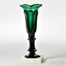 Deep Emerald-green Pressed Loop Pattern Vase