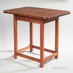 Stretcher-base Country Tea Table