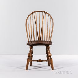 Braced Bow-back Windsor Side Chair