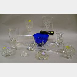 Twelve Assorted Art Glass Table Items and Figurines
