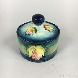 Modern Moorcroft Pottery Leaf-pattern Covered Box