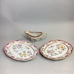 Pair of Chinese Export Porcelain Platters and a Sauceboat