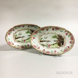 Pair of Spode Transfer-decorated Ceramic Dishes