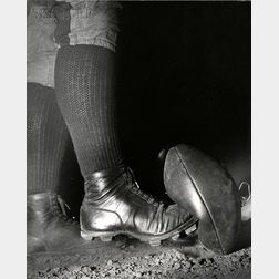 Harold Eugene Edgerton (American, 1903-1990)      Wes Fesler Kicking a Football