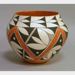 Native American Acoma Pueblo Sky City Paint Decorated Pottery Jar