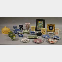 Twenty-five Modern Wedgwood Ceramic Items.