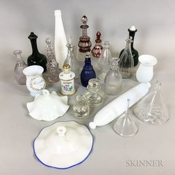 Twenty-two Glass Items