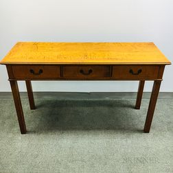 Eldred Wheeler Federal-style Tiger Maple Hall Table