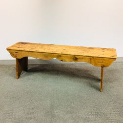 Early Pine Bench