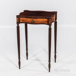 Federal Mahogany and Mahogany Veneer Inlaid Serpentine One-drawer Stand