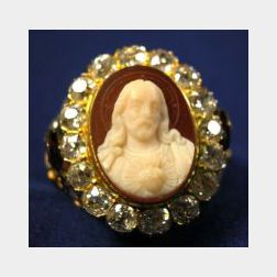 Antique 18kt Gold, Agate, and Diamond Ring