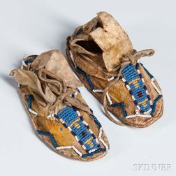 Pair of Miniature Southern Cheyenne Moccasins