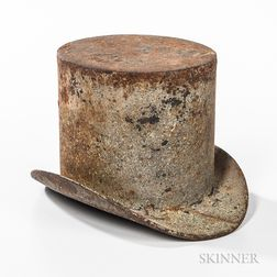 Cast Iron Top Hat Spittoon