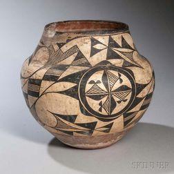 Acoma Black-on-white Pottery Olla