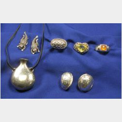 Group of Six 14kt Gold, Sterling Silver, and Gem-set Items