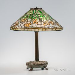 Tiffany Studios Bronze Table Lamp with Daffodil Shade