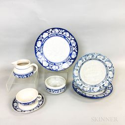 Eight Pieces of Dedham Pottery Rabbit-border Tableware