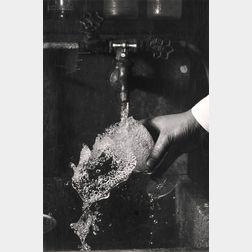 Harold Eugene Edgerton (American, 1903-1990)      Watertap.