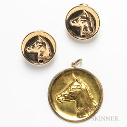 14kt Gold Pendant and Pair of Earclips Depicting the Horse Gali-Rose