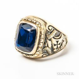 14kt Gold and Synthetic Sapphire Class Ring