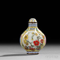 Enameled Porcelain Snuff Bottle with Plum Blossoms
