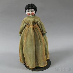 Apple-cheeked China Shoulder Head Doll